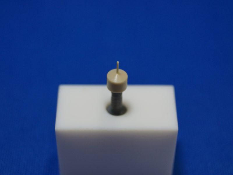 樹脂 旋盤加工 丸物加工スペック 最小:φ1